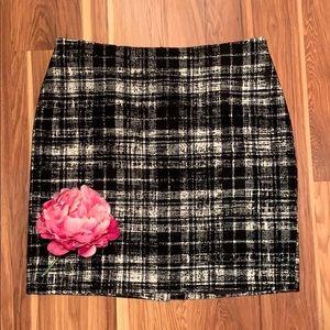 Ann Taylor Plaid skirt